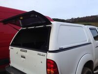 Toyota hilux canopy white
