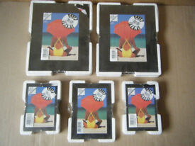 Selection of 9 brand new picture clip frames. In original sealed packing.