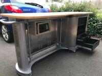 "Work Bench with 14u 19"" rack"