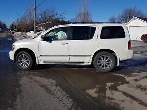 INFINITI QX56 7 places 2010