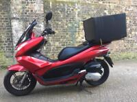 FULLY WORKING 2012 Honda PCX 125cc learner legal 125 cc Scooter moped with 1 years MOT.