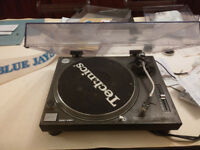 One Technic SL 1210 MK2 - Selling the house