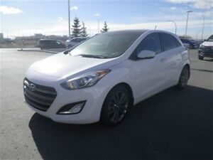 2016 Hyundai Elantra GT GT - Navi/Pano Roof/Leather - A Blast to