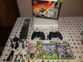 Xbox 360. Perfect condition. With accessories