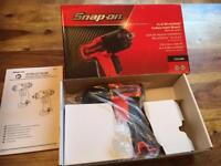 Snap on 14.4v Microlithium cordless impact wrench