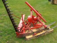 International Harvester Finger Bar mower This is in a very good working condition