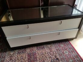 Chest of two drawers