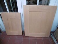 12 Shaker style Kitchen Unit/Cabinet doors. Beech.