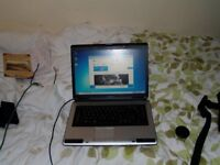 black toshbia laptop model l300