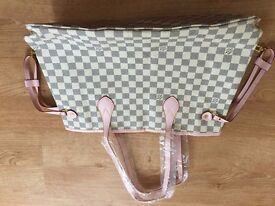 LV Neverfull Handbag Tote BNWT and dustbag
