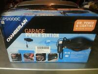 Brand new! Great item air compressor light attaches to roof