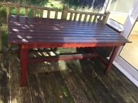 Large Solid garden table furniture - In very good condition
