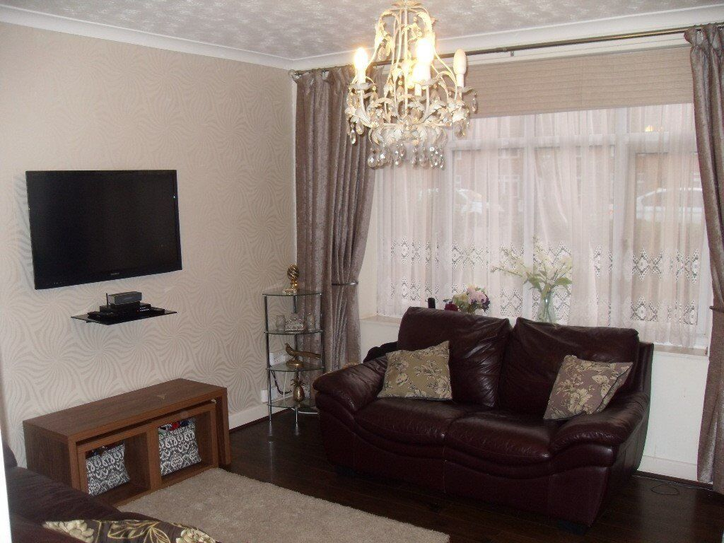 Beautifully presented 3 Bed House in Chigwell