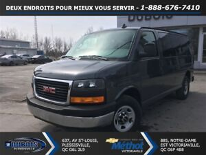 2017 GMC Savana 2500 LT + 12 PASSAGERS