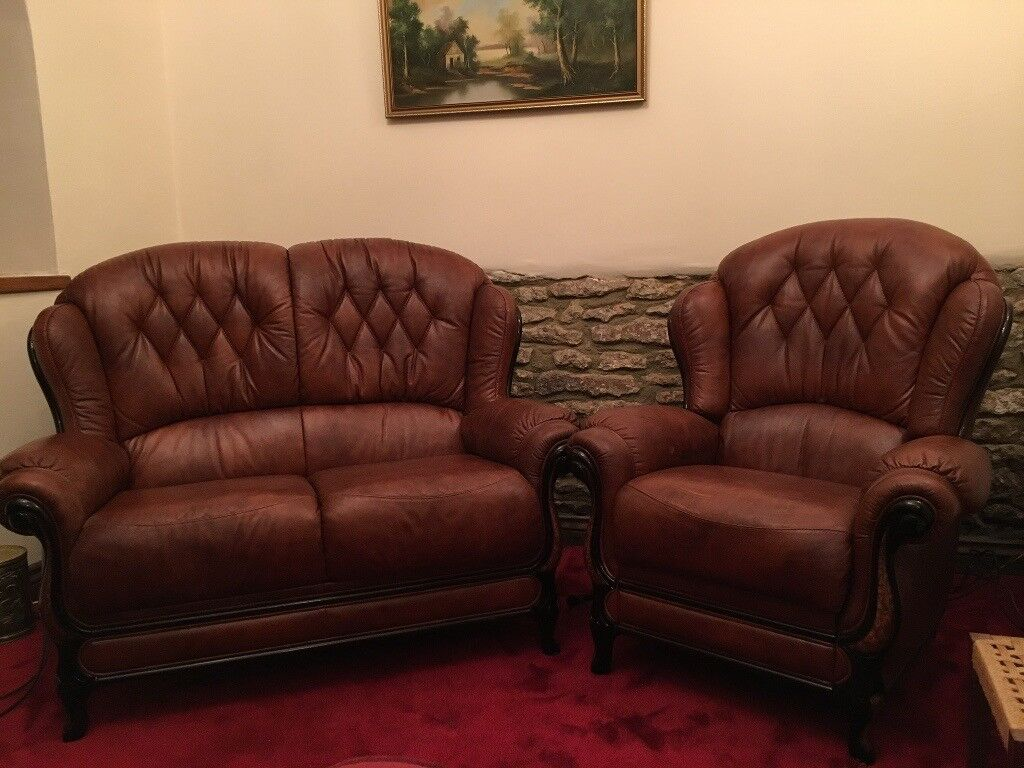 Leather 2 Piece Suite (small sofa and electric reclining chair)