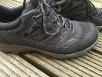 Men Ecco shoes , boots very good condition