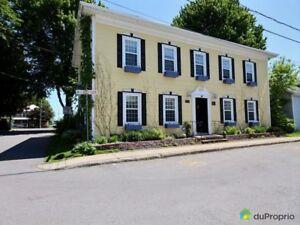 699 000$ - Maison 2 étages à vendre à St-Anicet