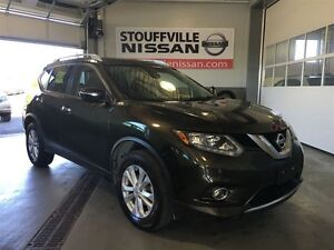 Nissan Rogue sv nissan cpo rates from 1.9%  sunroof and alloy w
