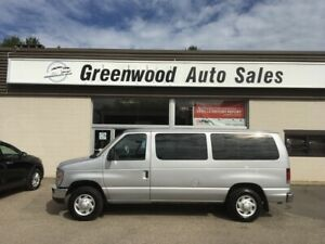 2013 Ford E-150 XLT 8 Passenger VAN... GREAT FOR MOVING PEOPL...