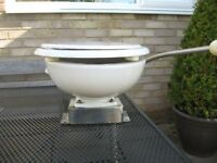 MARINE TOILET. SIMPSON LAWRENCE SL400.