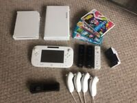 Wii U (8gb) and extras