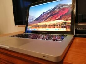 "MacBook Pro Core i5 2.5 13"" 6GB RAM 