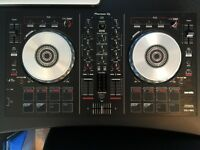 Pioneer DDJ-SB2 - Comes with original packaging only been used once and is in mint condition
