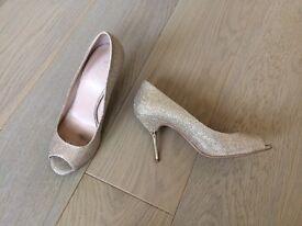 CARVELA Kurt Geiger stilettos. Size 8/41.