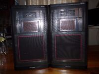 Pair of Memorex speakers,