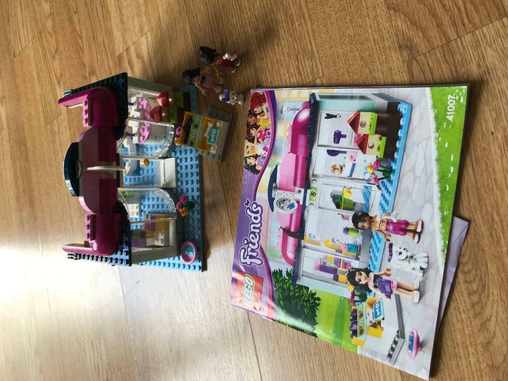 Lego Friends Pet Salon In Bourton On The Water Gloucestershire