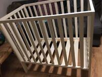 Mamas & Papas mini cot