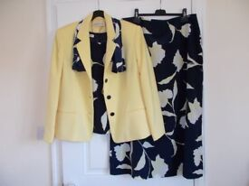 JACQUES VERT Wedding/Party Outfit - Size 18. Jacket, Skirt, Top & Scarf -EXC CON!