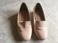 Clamorous ladies low heels shoes beige size 4/37 used 2 times £3