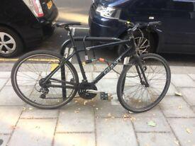 Good Condition: GIANT Hybrid Bicycle + krypto lock.