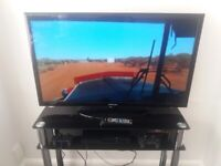 40 inch Samsung comes with a choice of glass stand