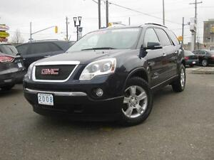 2008 GMC ACADIA SLT | 8 Passenger • AWD • Leather