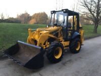 JCB 2cx sitemaster, loader and back hoe. Low hours, 4WD, 4WS