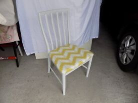 UP-CYCLED - Mc.Intosh Dining Chairs (2). Regency White.