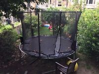 10 ft trampoline with enclosure in good condition - PICK UP SAT 20TH AUGUST