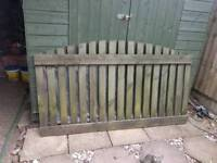 2x fence panels 6ftlong