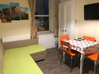 Quality City Centre Two Bedrooms Apartment - Council tax and internet included