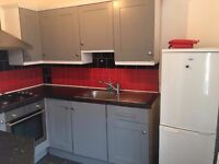 **2 BED FIRST FLOOR, FULLY FURNISHED FLAT**NO AGENCY FEES**