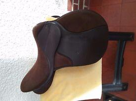 17.5ins Thorowgood saddle