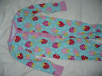 Bundle of 2 onesie/pyjamas for 7-8years from George and H&M. Very good condition!