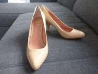 Vince Camuto nude shoes UK 5.5