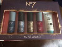 No 7 nail set brand new