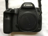 Canon 5D Mk III camera body in excellent + condition, in original box. 126K actuations