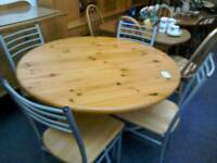 Round kitchen table and 4 chairs #32496 £50