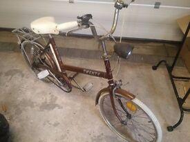 Vintage Raleigh Twenty bycicle