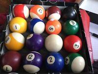 Full Set of 16 Pool Balls in box